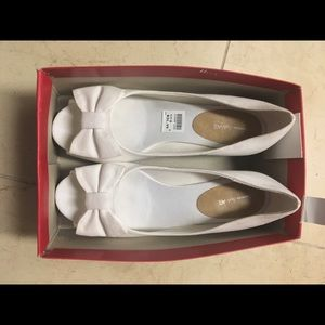 White Wedge Shoes  with bow size 36